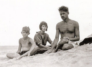 Oneil with his children