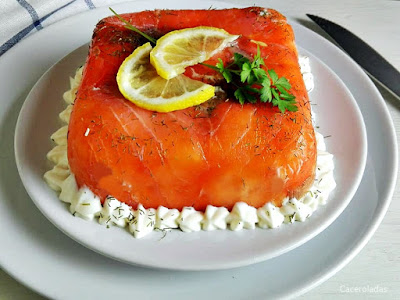 pastel de salmón ahumado