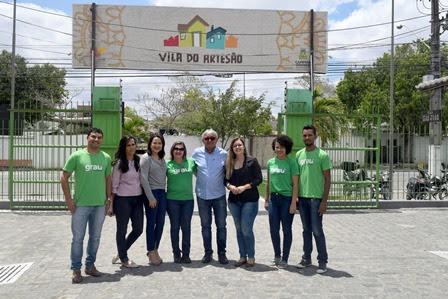 Vila do Artesão realiza palestra sobre Empreendedorismo através da Cultura para estudantes de escola técnica de Campina Grande