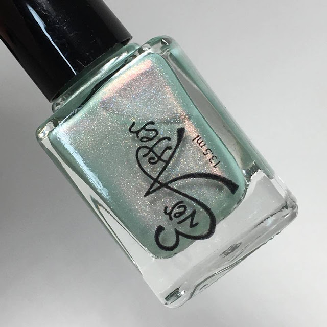 ever after swatch of minty me
