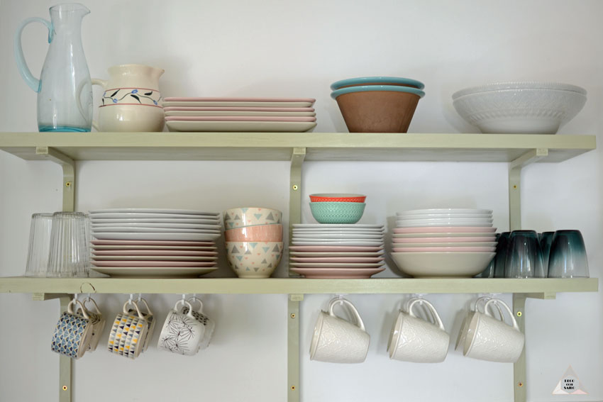 reforma cocina baldas para vajilla