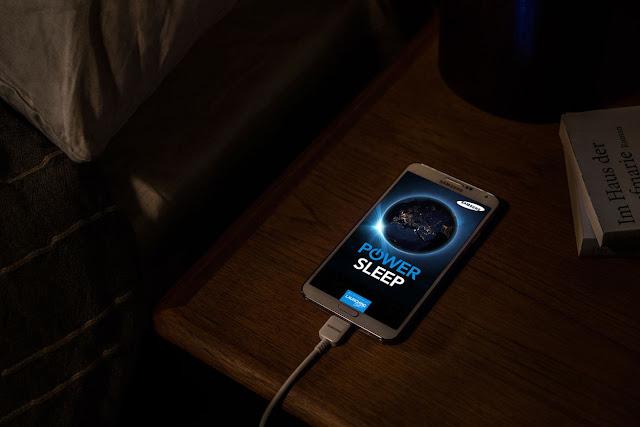 tips mengisi baterai smartphone, charging smartphone supaya awet, memperpanjang umur baterai, tips charging