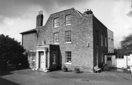 Photograph of Moffats House taken in the 1980s - Image from the NMLHS