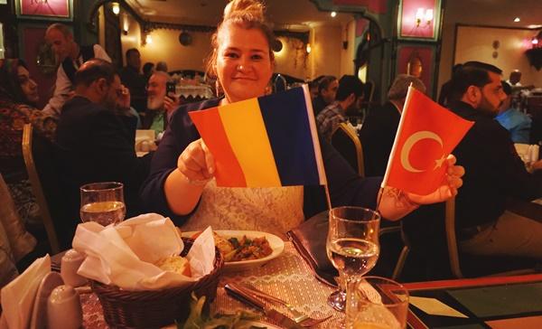 unde-se-danseaza-din-buric-belly-dance-Istanbul