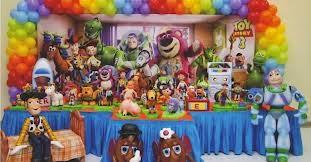 Festinha de aniversário Toy Store