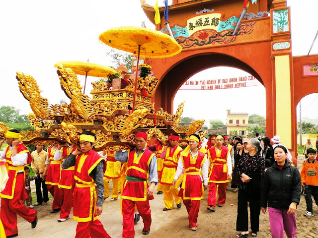 Hoa Lu Ancient Capital Festival 2