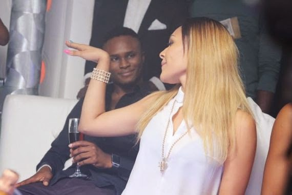 03 Wizkid Parties With Girlfiend At Hennessy Artistry Club Tour [See Photo]