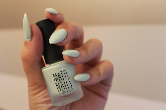 Topshop Nail Polish in 'Unfold' Review