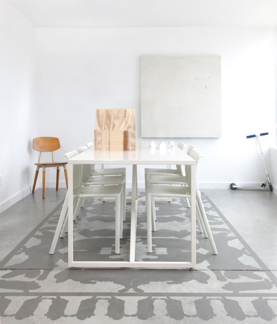 Kitchen Flooring Apartment Therapy: Decordemon: INSPIRATION: A TRENDY COLLECTION OF PAINTED RUGS