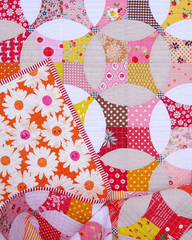 Berry Marmalade ~ A Flowering Snowball Quilt | © Red Pepper Quilts 2017