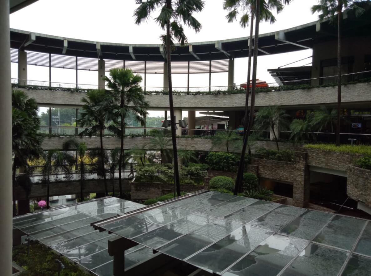 OPPO F3 Camera Sample - Rainy Afternoon