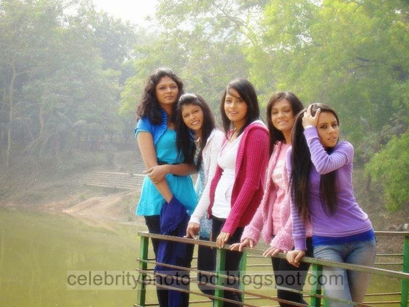 Mumtaheena Toya Exclusive Photos Collection Behind The Scenary Lux Channel i