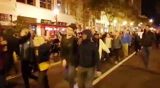 Miles de personas se manifiestan en Nueva York, Filadelfia, Seattle, Chicago, Oakland, Washington y Boston