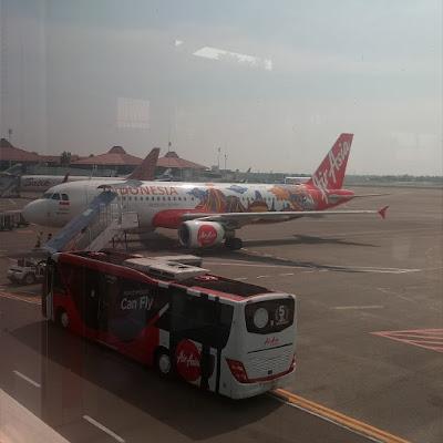 Cara Memilih Sendiri Tempat Duduk di Pesawat Air Asia Tujuan ke Malaysia Sesuai Dengan Keinginan Anda Sekaligus Melakukan Check In