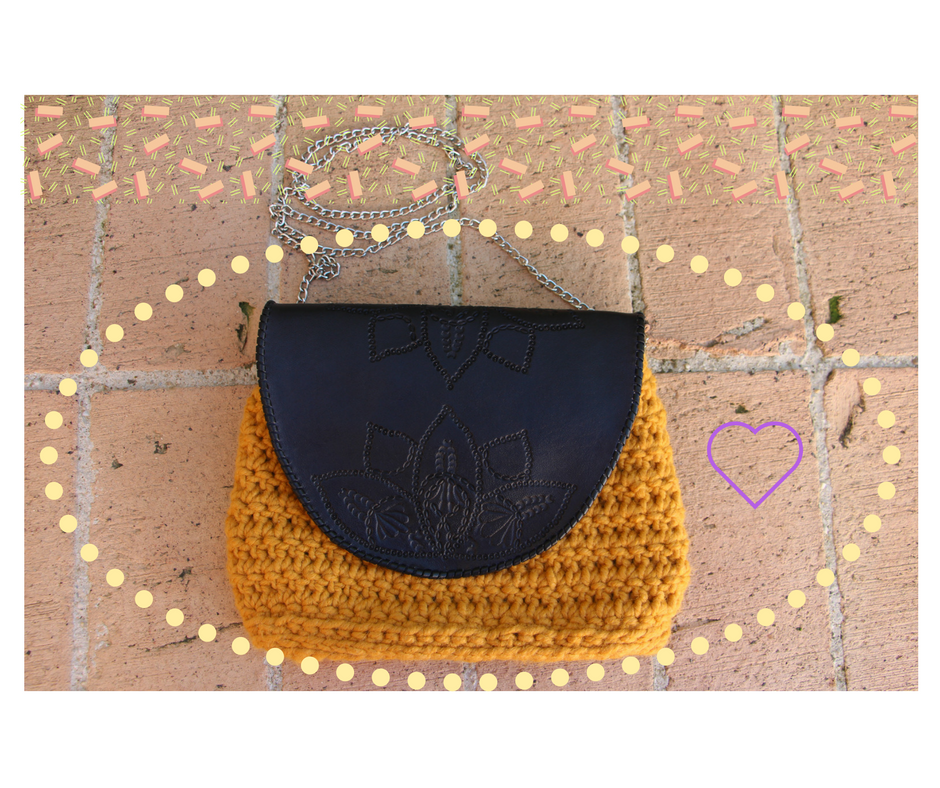 bolso de lana crochet y cuero
