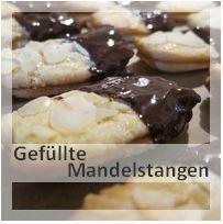 http://christinamachtwas.blogspot.de/2012/11/platzchenzeit-gefullte-mandelstangen.html