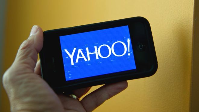 US charges Russian spies over Yahoo breach