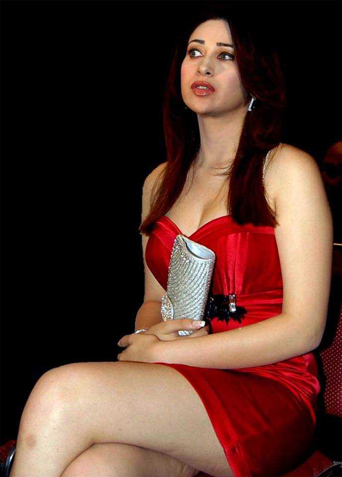Karishma Kapoor thunder thighs, Karishma Kapoor sexy thighs, Karishma Kapoor thighs photos, Karishma Kapoor hot in red dress, Karishma Kapoor in short dress, Karishma Kapoor in tight dress, Karishma Kapoor sexy legs
