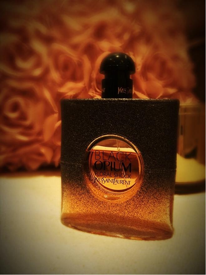 Ibeutyreview تجربتي مع عطر بلاك أوبيوم فلورال شوك من إيف سان لوران Perfume Black Opium Floral Shock Yves Saint Laurent