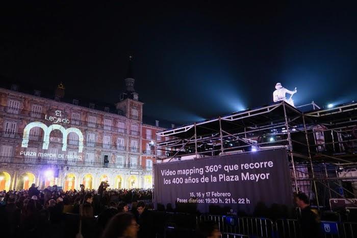 Video Mapping 360 Plaza Mayor マドリードのマヨール広場400周年の360度マッピング