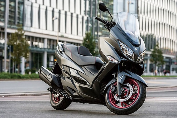 Suzuki Review Big motorcycle
