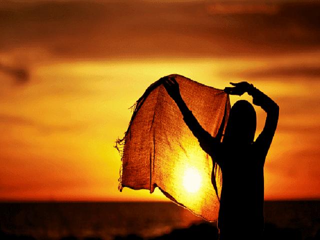 Puisi Islami Untuk Sahabat Wanita yang Mengharukan