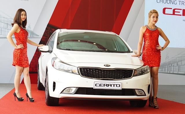 Kia Cerato 2016 vừa chính thức ra mắt tại thị trường Việt Nam với một số thay đổi không đáng kể