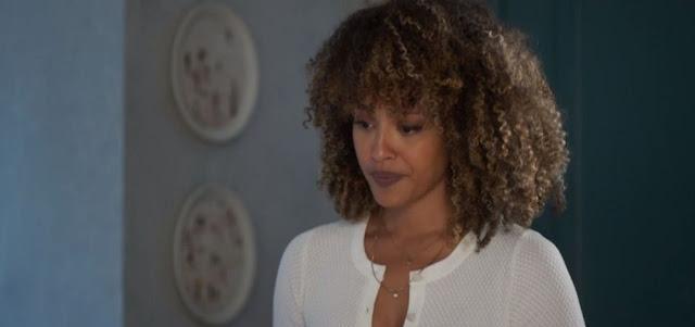 Sheron Menezzes em cena da novela Bom Sucesso: Gisele quer mostrar que é uma pessoa do bem