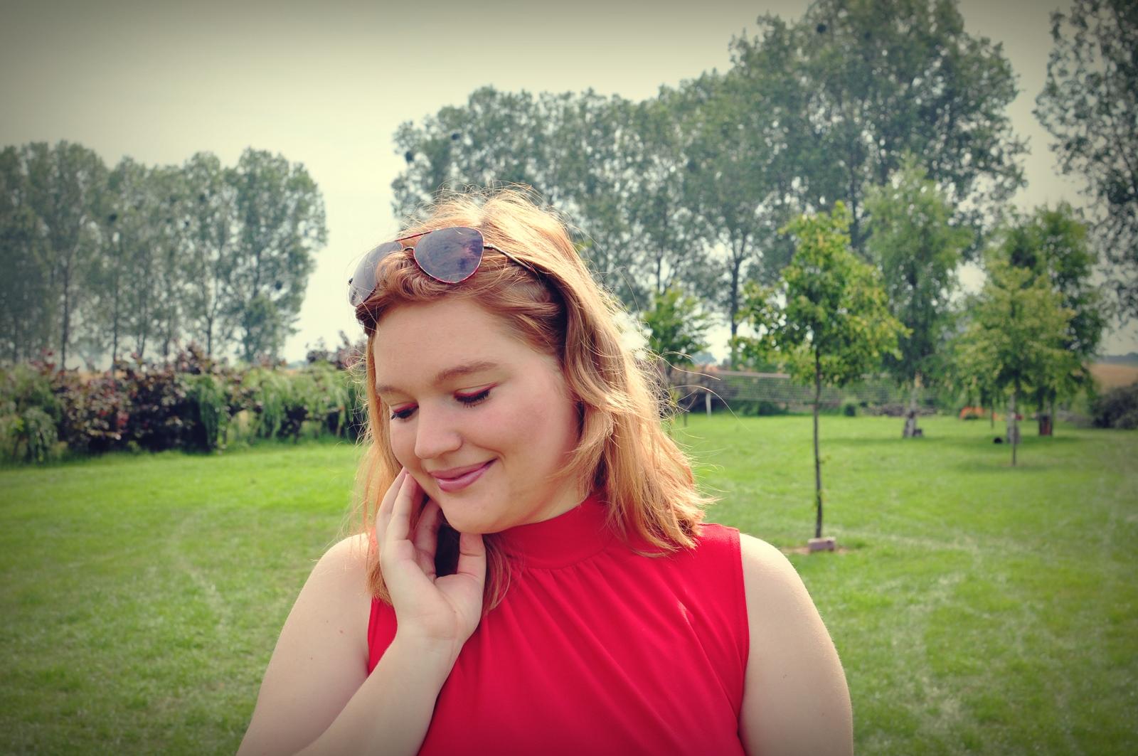 blondynka_czerwien