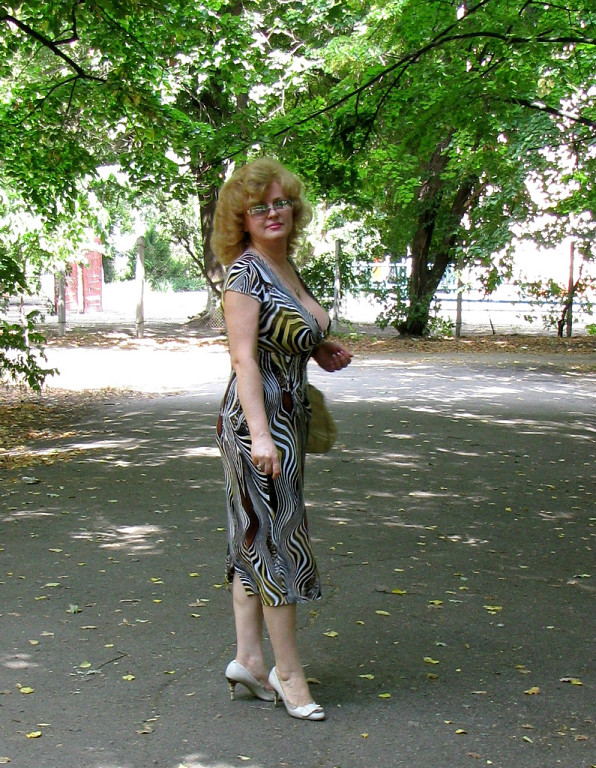 Wife secretary stockings brunette nude photos