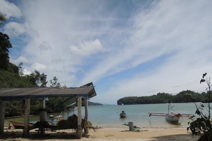 Terpesona keindahan pantai Tawang pacitan