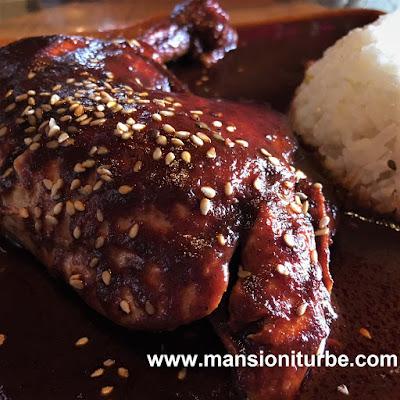 Mole Ranchero en Restaurante Doña Paca en Pátzcuaro