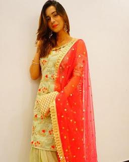 Kumpulan Foto Shivani Surve Terbaru