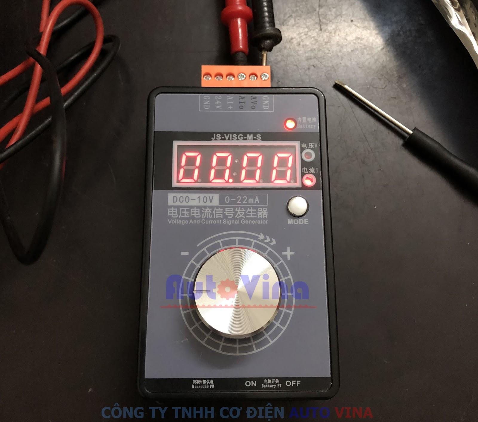 Bộ phát tín hiệu analog JS-VISG-M-S có pin sạc, không cần cấp nguồn
