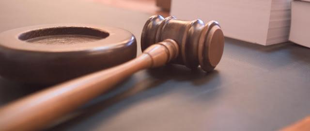 Contrato de opcion y abogados