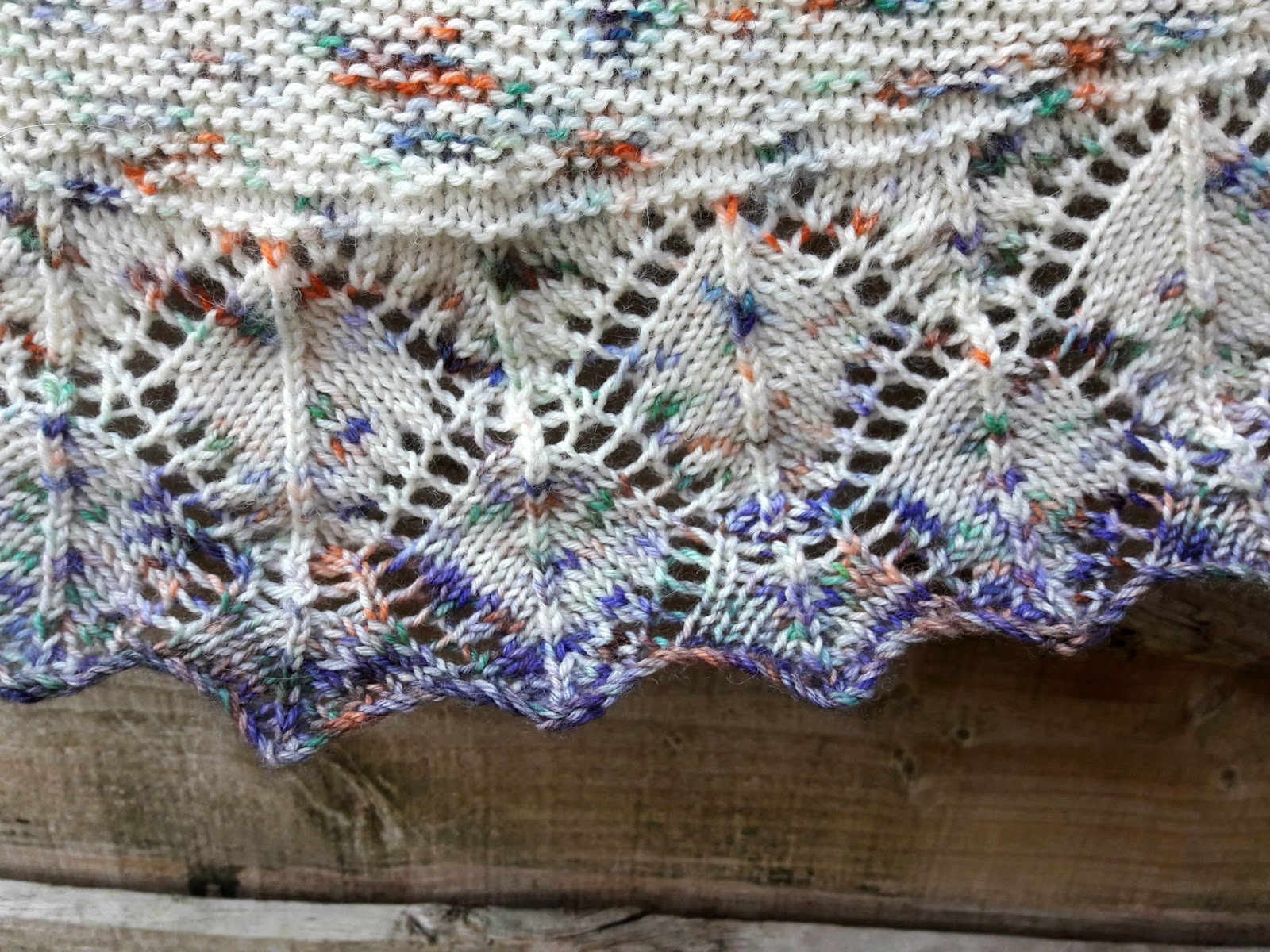 Winwick Mum: Aardvarkish Shawl free pattern and tutorial