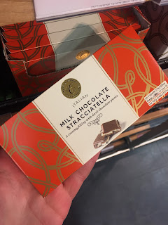 marks and spencer milk chocolate stracciatella