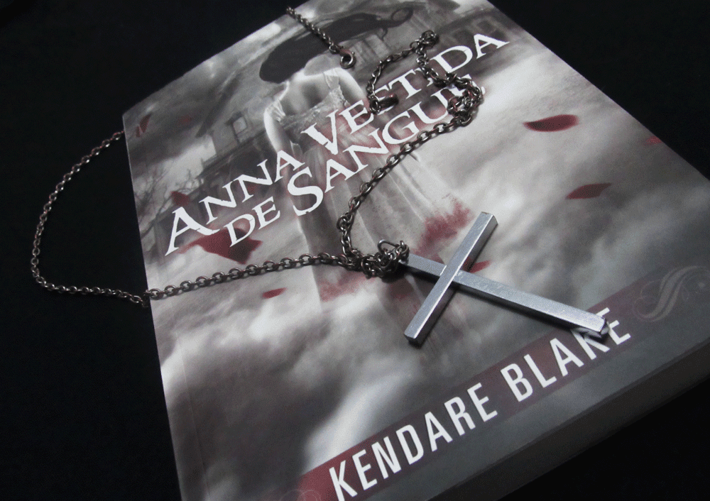 anna-dressed-in-blood-kendare-blake