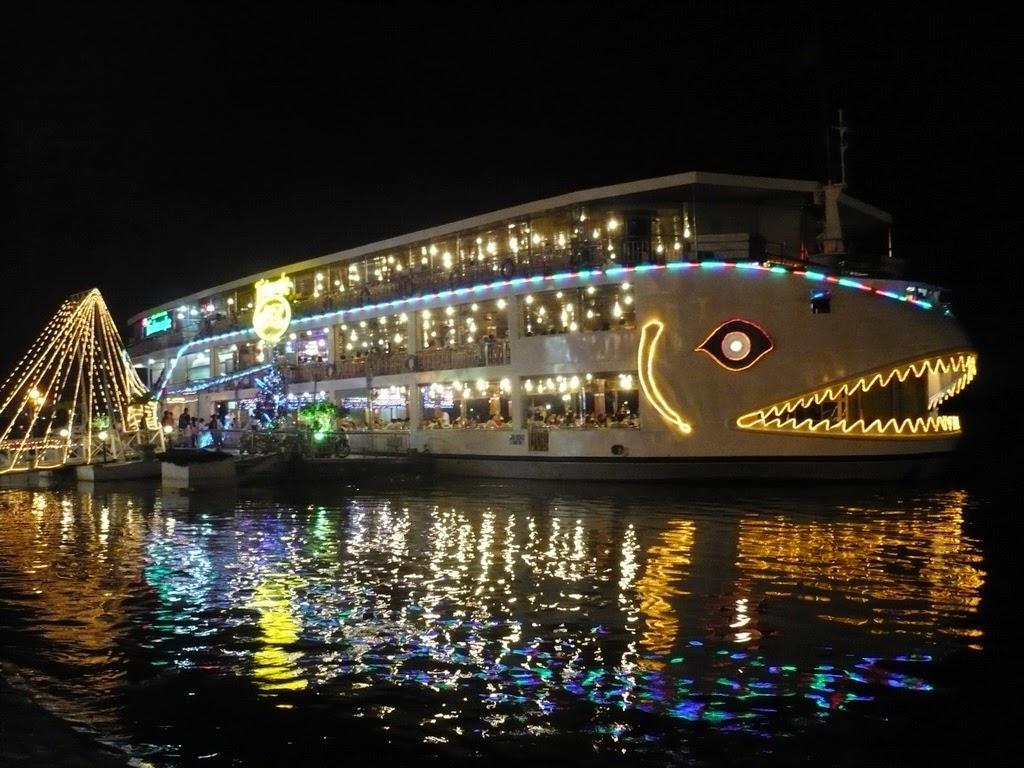 Vietnam Tour : Sai Gon River 4