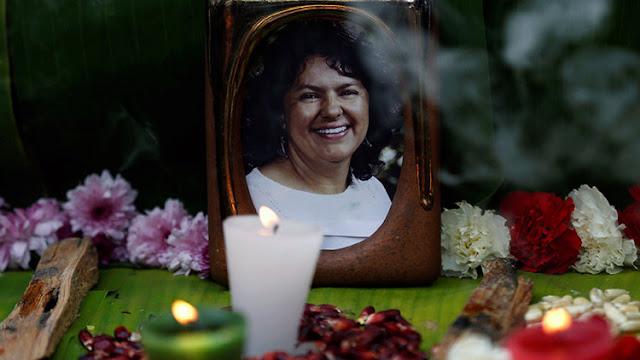 Insólito: Roban a jueza el expediente judicial del asesinato de dirigente hondureña Berta Cáceres