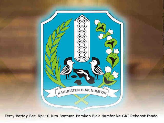 Ferry Bettay Beri Rp110 Juta Bantuan Pemkab Biak Numfor ke GKI Rehobot Fandoi