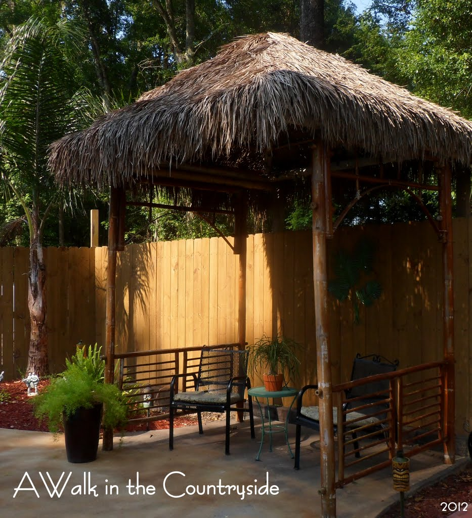 Grass Hut: A Walk In The Countryside: Tiki Hut Reveal