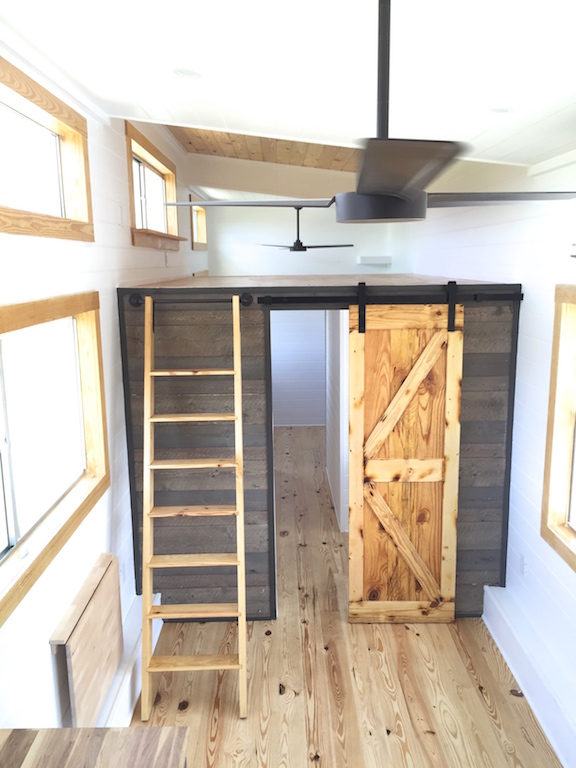 Tiny house town the irving tiny house 350 sq ft for 350 sq ft house