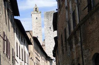 Sobre a Torre Grossa em San Gimignano