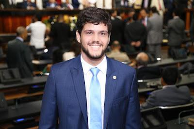 Rogério Andrade Filho toma posse como Deputado Estadual