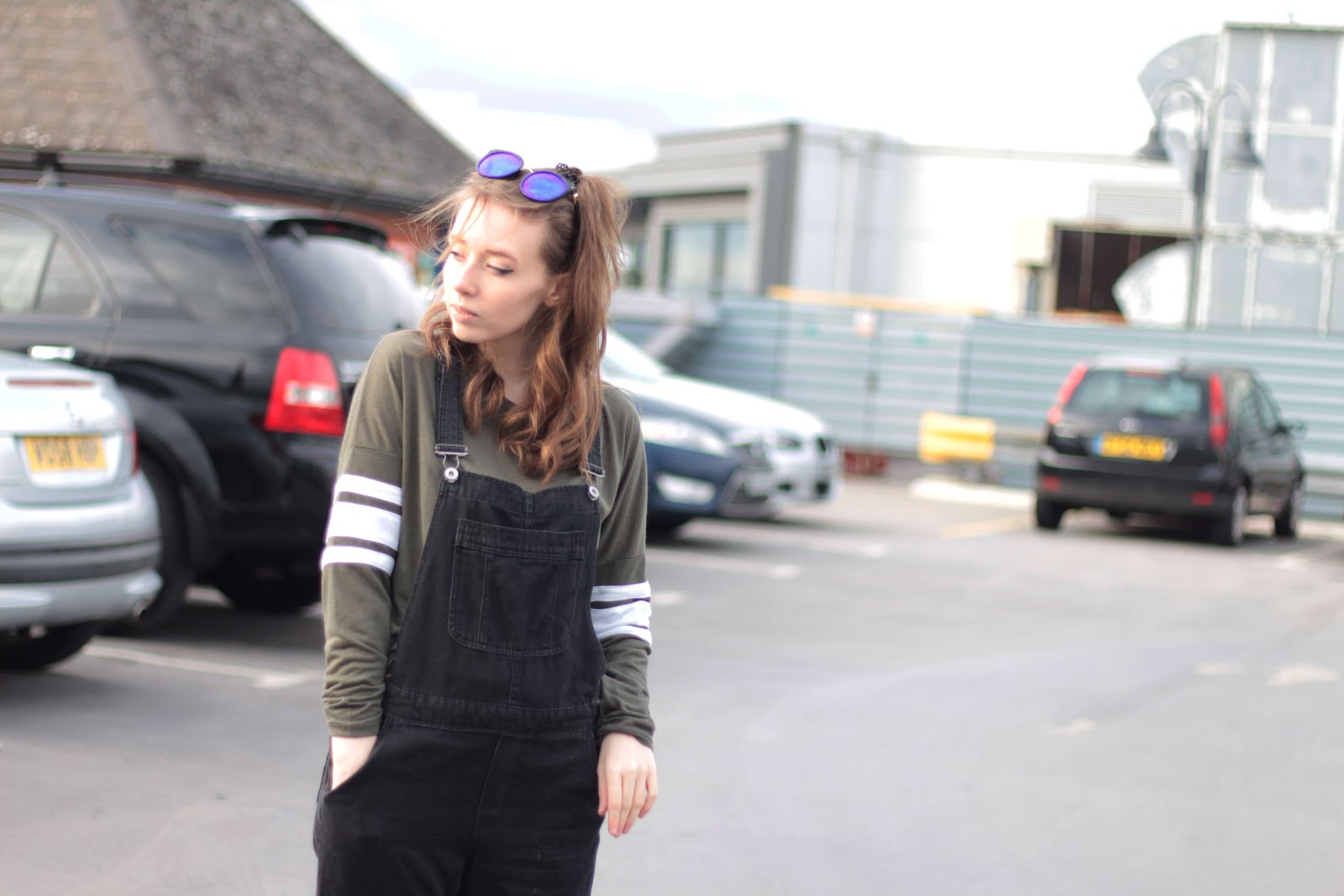 how to style full length dungarees