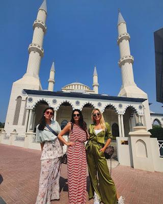 Giovanna Lancellotti foi a Dubai com a mãe, Giuliana, e a irmã, Gabriela — Foto: Arquivo pessoal