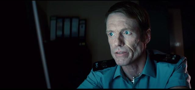 'Sgt. Jim MacReady' Rolünde Bulunan Douglas Russell.