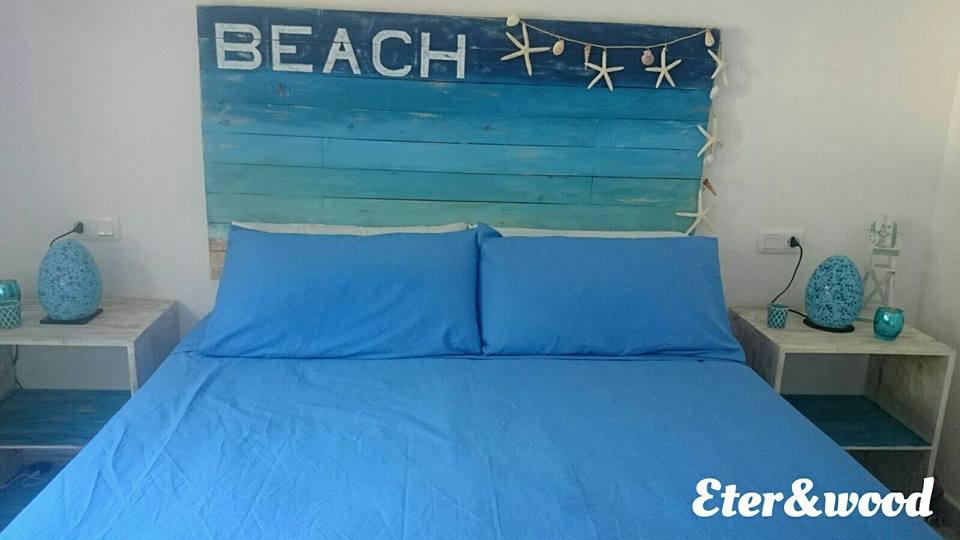 Cabecero de cama y mesita de palets - Cabecero cama palets ...