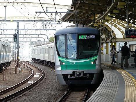 【ダイヤ改正で新登場!】準急 向ヶ丘遊園行き16000系